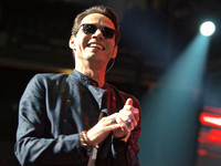 AAC - Marc Anthony 101515 - 02