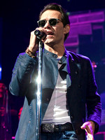 AAC - Marc Anthony 101515 - 04